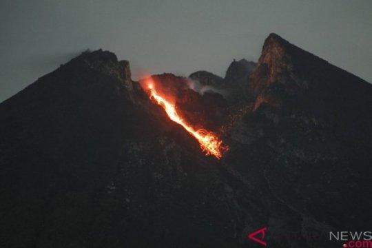 Lava Merapi meluncur sejauh 700 meter ke arah hulu Kali Gendol