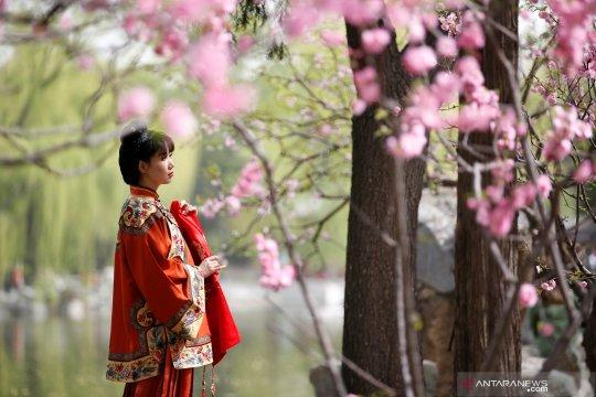 Festival Qingming di China jadi Hari Berkabung Nasional Corona