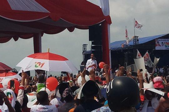 Ribuan warga Cirebon ramaikan kampanye Jokowi