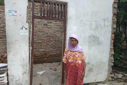 Pemkab Lebak diminta segera relokasi warga bencana retakan tanah