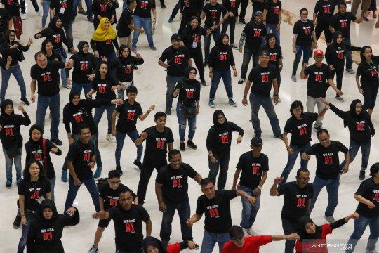 """Flash Mob"" dukung Jokowi-Ma'ruf Amin"
