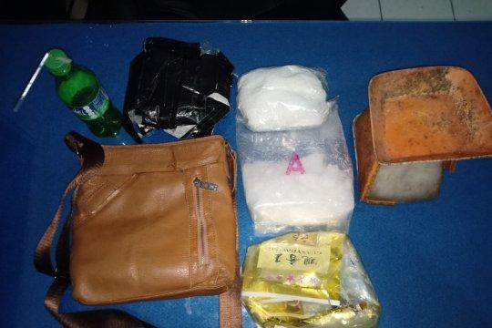 Pengedar narkoba Jambi ditangkap saat bertransaksi 1 Kg sabu