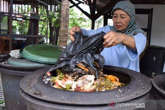 Nabung sampah di Kecamatan Koja bisa liburan ke luar negeri
