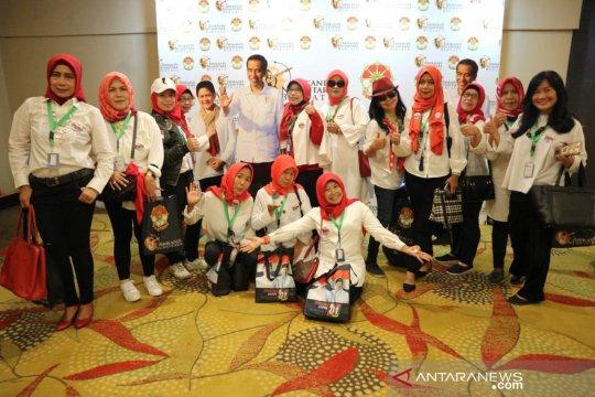 Iriana Jokowi ajak pakai baju putih saat pencoblosan
