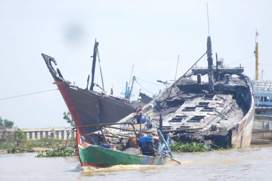 61 kapal mangkrak berpotensi hambat proyek normalisasi Sungai Juwana