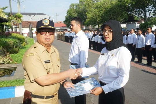 523 CPNS Pemkab Tulungagung terima SK pengangkatan bupati