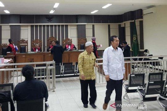 Dua mantan pimpinan BKK Pringsurat dituntut 16,5 tahun penjara