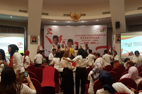 Divisi Perempuan Bravo 5 targetkan Jokowi menang di tiga wilayah