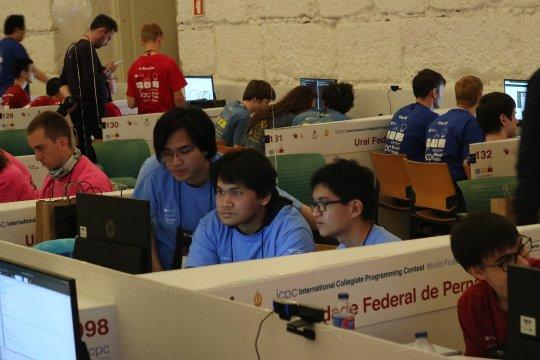 Mahasiswa UI torehkan prestasi kompetisi pemrograman dunia