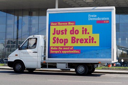 Konservatif cari kompromi Brexit setelah kekalahan pemilihan lokal