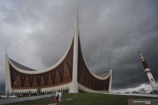 Dana Masjid Sumbar dikorupsi, MUI desak usut tuntas kasus