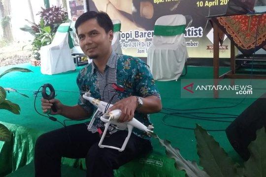"""Unej luncurkan teknologi """"handheld-drone"""" dukung pertanian presisi"""