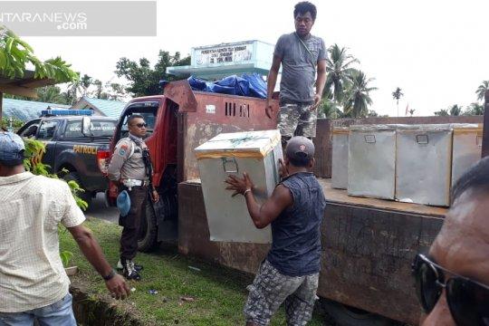 KPU Wondama mulai distribusi logistik ke tempat terjauh