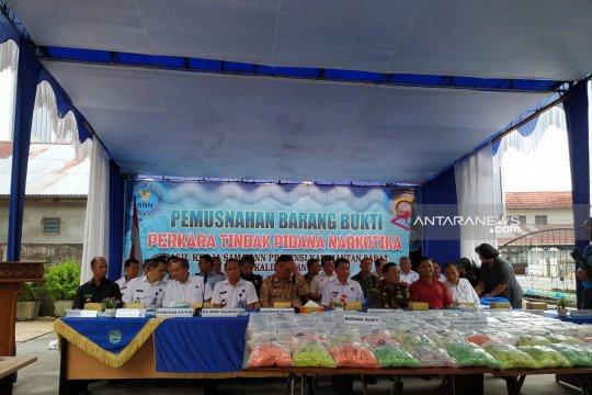 Soal tumbuhan kratom, Jokowi diminta bantuan Apdesi Kapuas Hulu