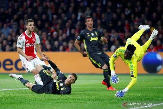Liga Champions: Ajax vs Juventus imbang