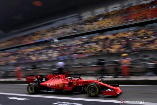 Pebalap F1 jajal sirkuit Shanghai