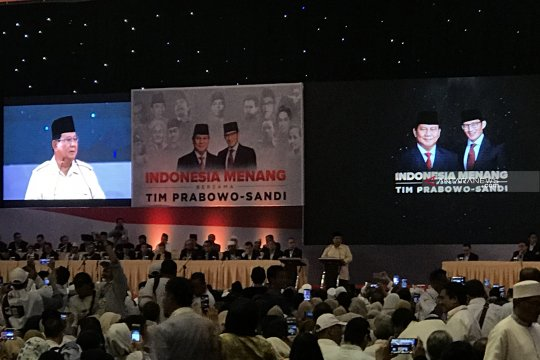 Prabowo tutup aktivitas kampanye Pilpres di Surabaya
