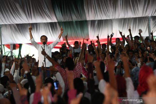 Jokowi ajak pendukungnya di Sentul menangkan Pilpres 17 April 2019