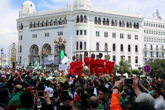 Aljazair gelar referendum soal perubahan konstitusi