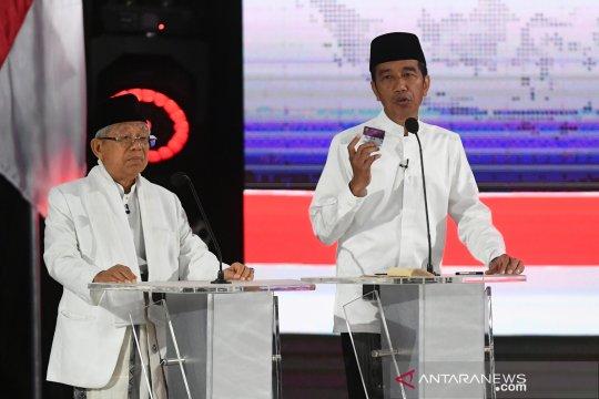 Jokowi-Ma'ruf sebut siapkan tiga kartu dukung kesejahteraan sosial