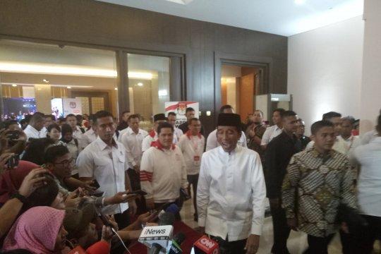 Jokowi: Masyarakat jangan takut datang ke TPS