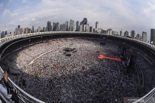 Suasana Gelora Bung Karno saat Konser Putih Bersatu