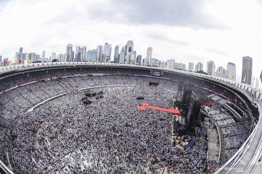 Foto aerial kampanye akbar Jokowi-Amin di Stadion GBK