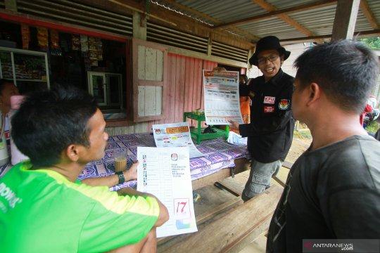 Sosialisasi Pemilu warga Dayak di pedalaman Kalsel