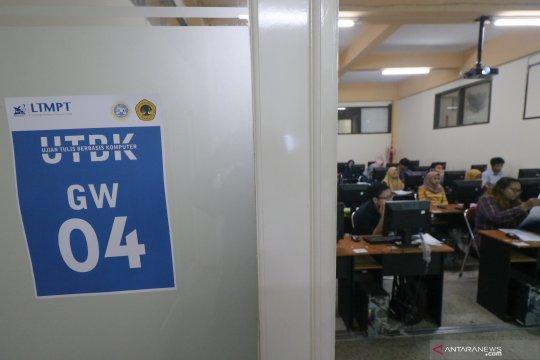 Peserta UTBK dari keluarga tak mampu gratis tes COVID-19 di Surabaya