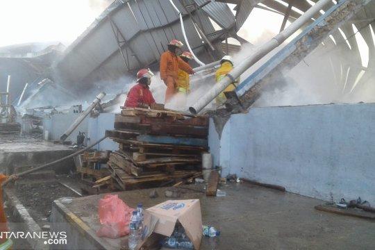 Kebakaran ludeskan gudang sembako Indomarco di Bogor