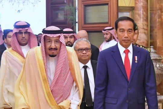 Presiden Jokowi bertemu Raja Salman di Riyadh