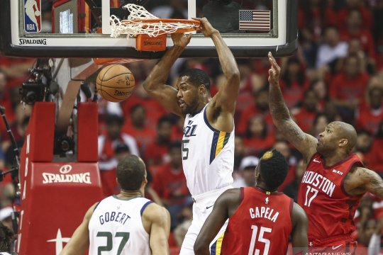 Playoff NBA: Utah Jazz vs Houston Rockets