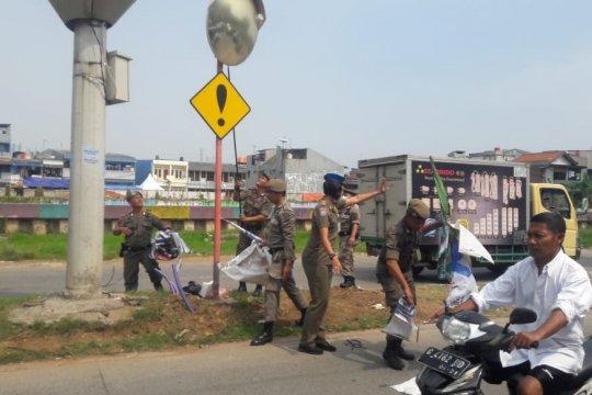 Puluhan ribu APK di Jakarta Utara diturunkan