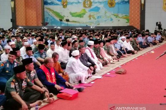 Ribuan prajurit TNI doa bersama wujudkan Pemilu damai