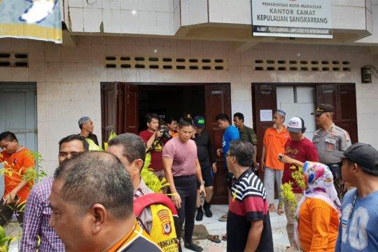Kapolda Sulsel pantau kesiapan Pemilu 2019 di Pulau Barrang Lompo