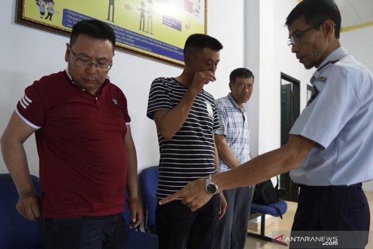 Kantor Imigrasi Periksa Lima TKA Asal China