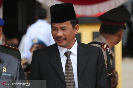 Pemkot Batam kerahkan Satpol PP turunkan peraga kampanye