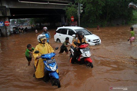BPBD DKI catat 17 titik banjir akibat hujan lebat