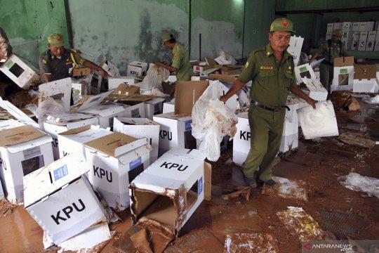 Kotak suara Pemilu 2019 rusak terdampak banjir