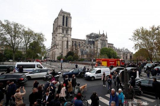 Kebakaran dua ikon religi, sadari kerentanan bangunan bersejarah dunia
