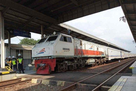KAI Cirebon operasikan kereta tambahan selama masa Pemilu
