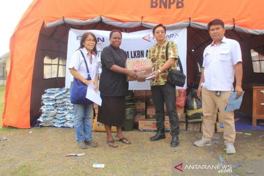ANTARA Papua serahkan bantuan kepada warga korban banjir