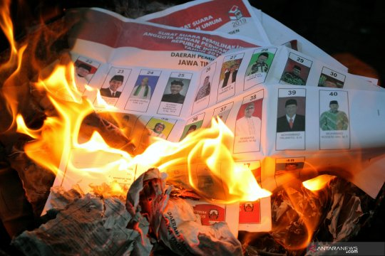 Hilangkan potensi kecurangan Pemilu 2019, surat suara rusak dimusnahkan dengan cara dibakar