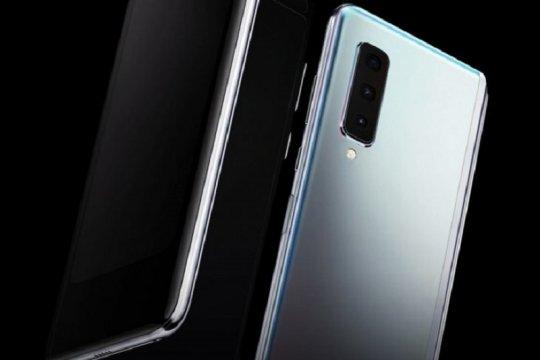 "Kemarin, ponsel lipat Samsung hingga film ""Kucumbu Tubuh Indahku"""
