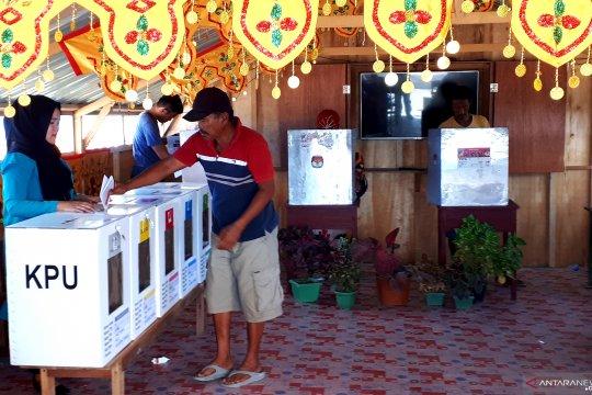 Semangat pengungsi korban tsunami Lere gunakan hak pilih