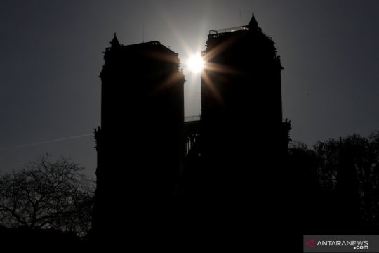 Prancis vonis perempuan yang gagal ledakan bom dekat Notre Dame Paris