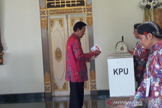 Jokowi-Ma'ruf unggul di TPS Sultan HB X mencoblos