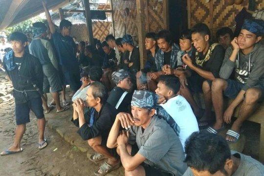 Masyarakat Badui padati TPS sejak pagi