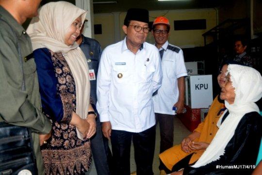 Kapolda Jambi kunjungi 24 TPS yang baru laksanakan pencoblosan