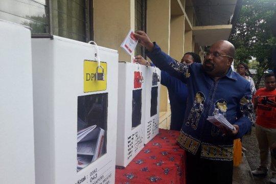 Masyarakat diminta tunggu info resmi terkait pemenang Pemilu